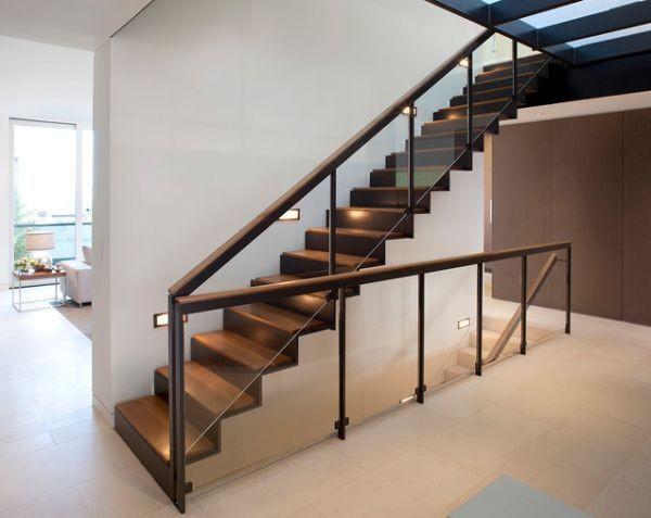 Beltéri lépcsők megvilágítása LED-del - Díszléc és LED lámpa Webáruház