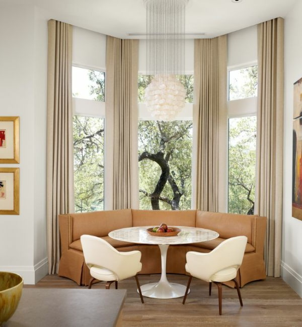 Üljünk az asztal köré! - Díszléc és LED lámpa Webáruház
