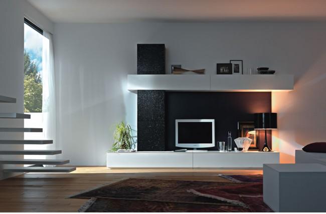 A tévé új szekrénye - médiafal ötletek - Díszléc és LED lámpa ...