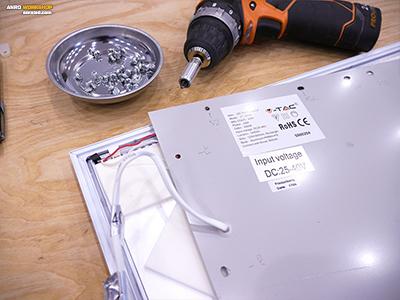 Kisfeszültségű tápegység csatlakoztatása a led panelhez