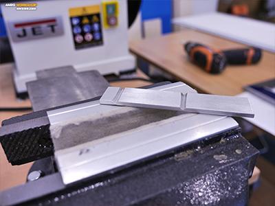 A hajlításhoz kikönnyített alumínium lap