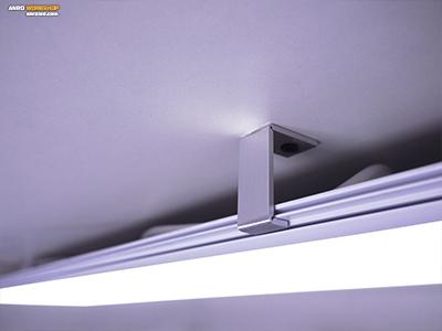 LED panel egyedi függesztő megoldással