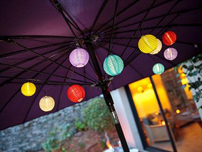 Samba kerti lampionfüzér - felfűzhető világító lámpák a kertben