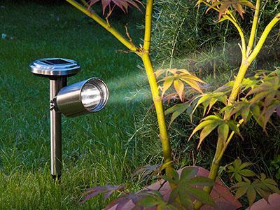 Scoop állítható fejű napelemes szolár lámpa - talajba szúrható
