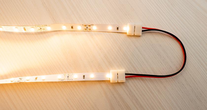 LED szalag sarokelem - vágott LED szalag szakaszok sarokban elfordításához