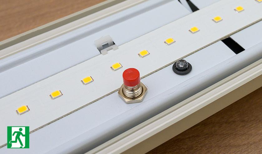 Vészvilágító por és páramentes LED lámpatest