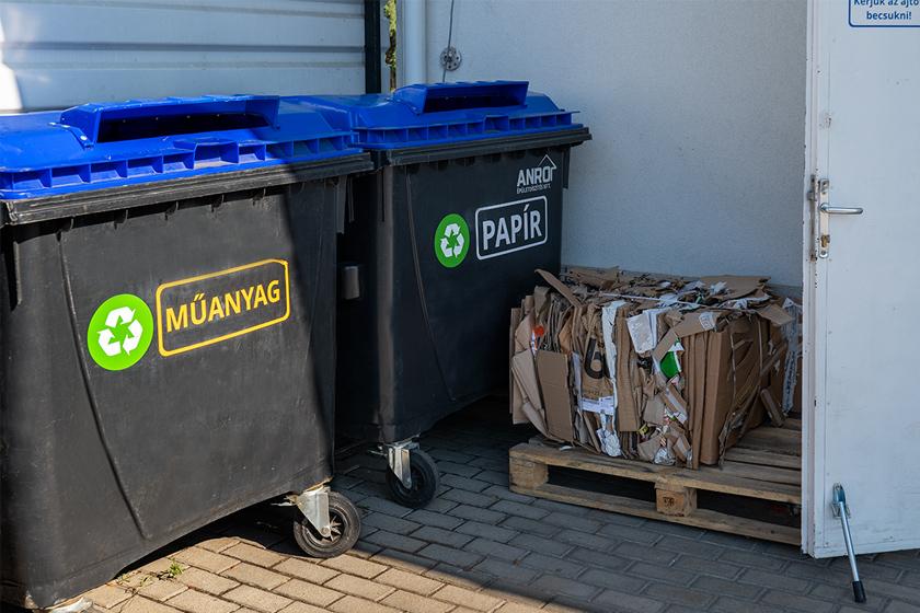 Szelektív hulladékgyűjtő konténer