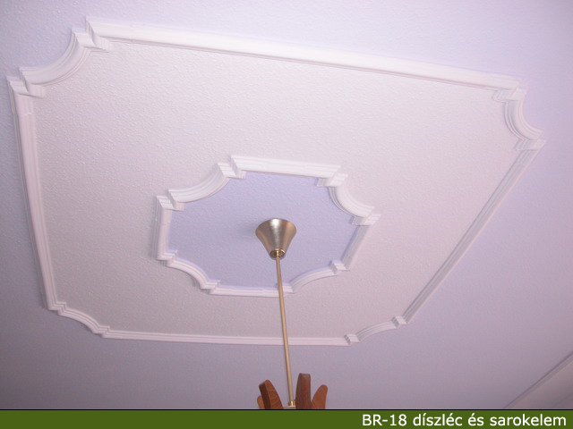 Cornici in gesso parete soffitto camera da for Polistirolo bricoman