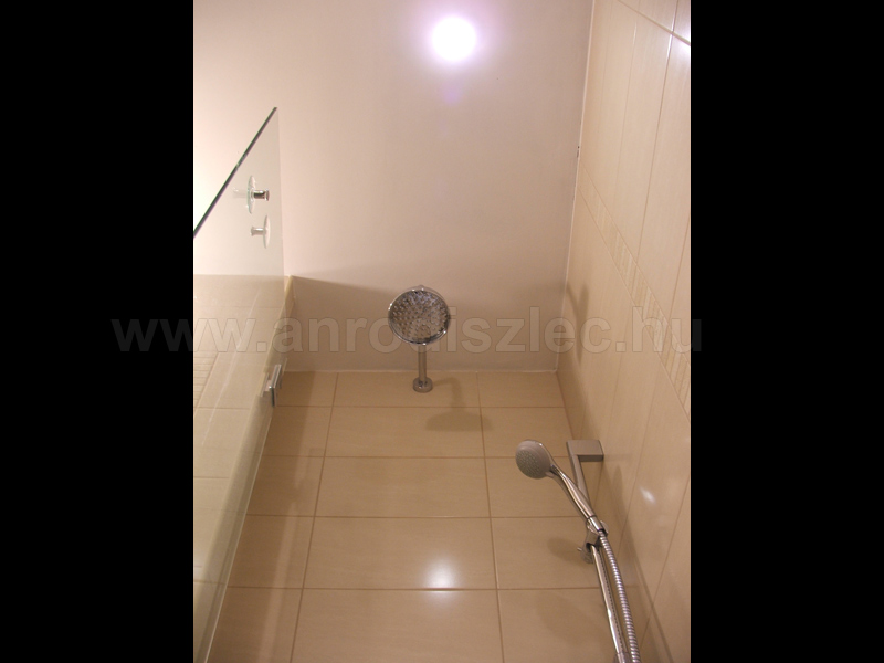Modern fürdőszobák 2013. - Díszléc és LED lámpa Webáruház