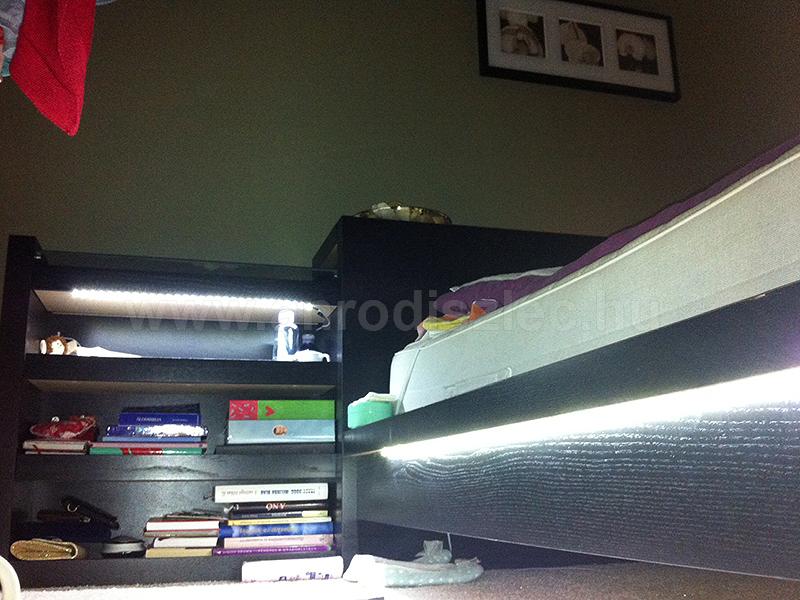 Hálószoba - ágyvilágítás LED fénysorokkal - Díszléc és LED lámpa Webáruház