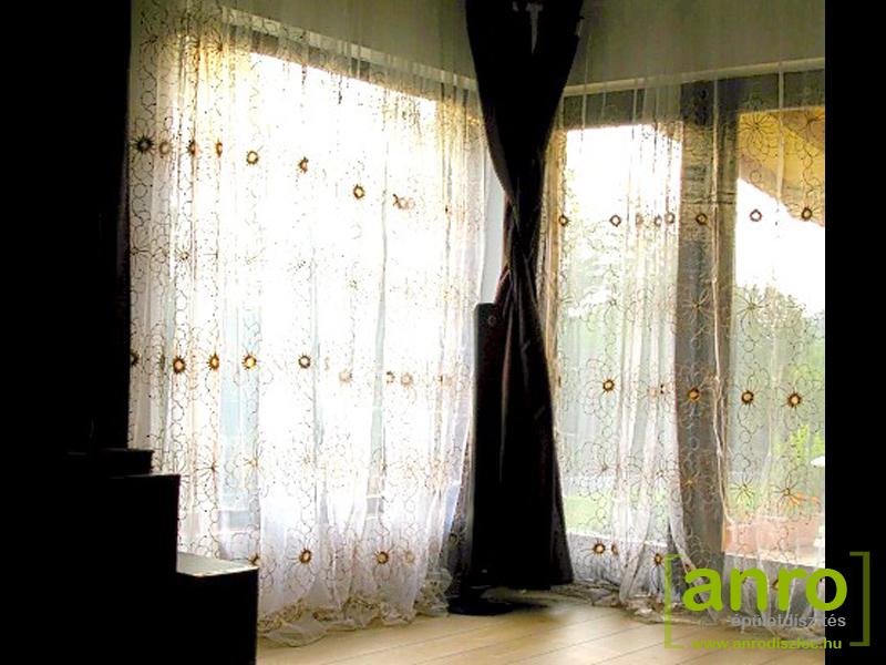 A függönyök vagy függönyök tisztítása