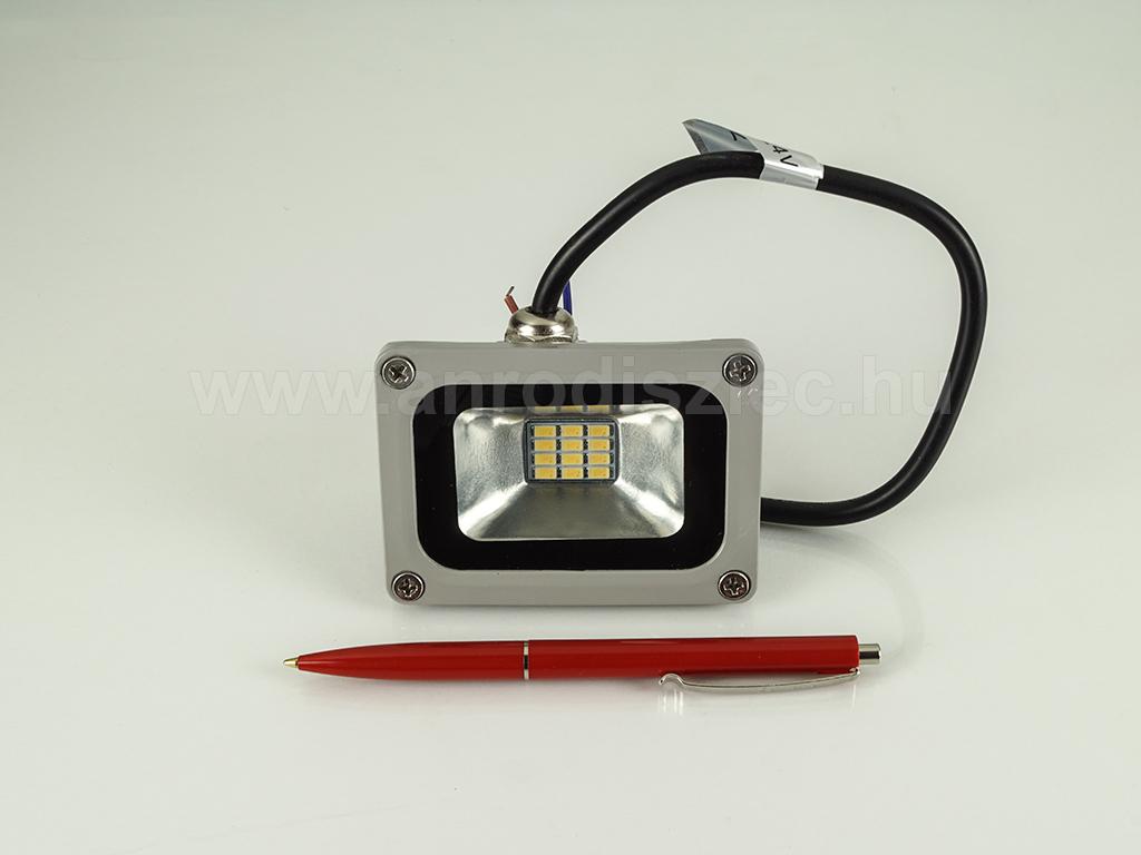 12 24 Volt LED reflektor (10W120°) Természetes fehér XXS