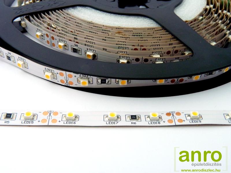 Melegfehér LED szalag, fehér nyákon 60 darab 3528 led, beltéri kivitel