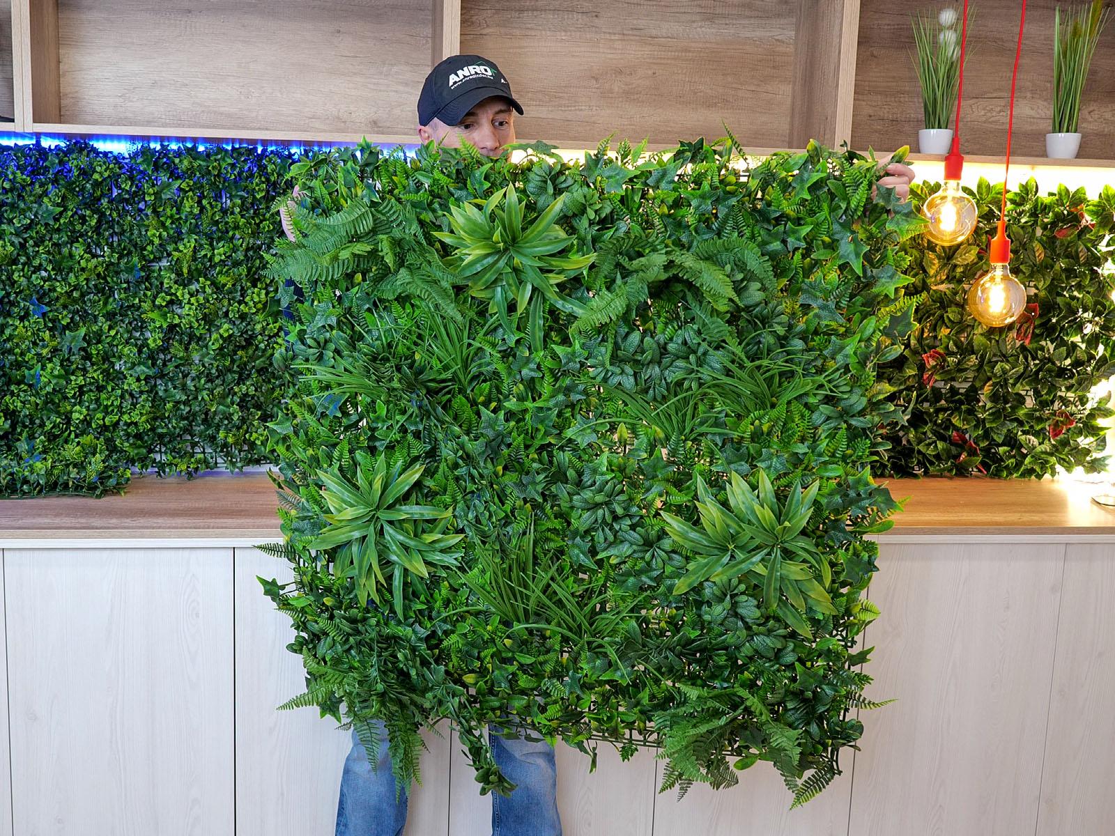 Gazdag és változatos növényvilág jellemzi a Tropic típust, vevőink egyik kedvencét!