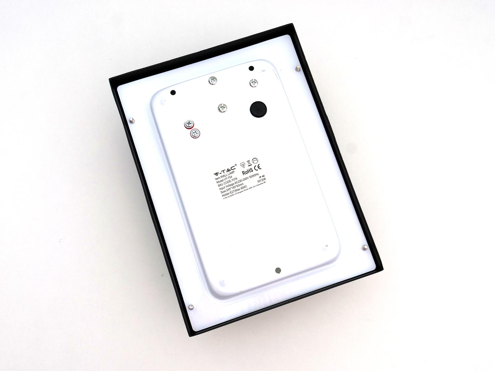 V TAC Moon kültéri oldalfali lámpa (E27) fekete Ár: 3 990