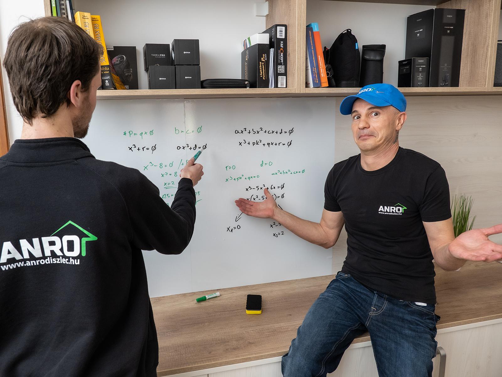 A digitális oktatás és a home office keretében is hasznos lehet a saját fali írótábla.