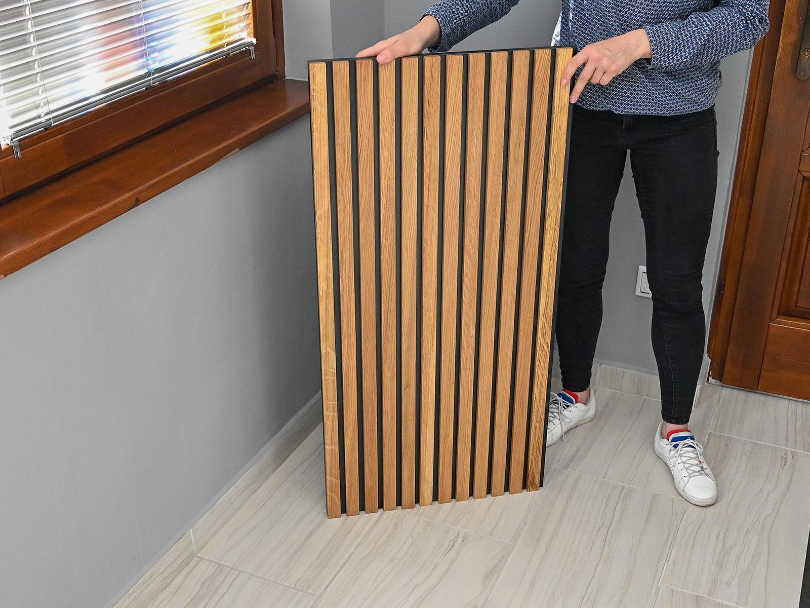 100 cm x 50 cm méretű bordázott fa falpanel olajozott tölgyfa lécekkel