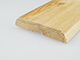 Ajtószegőléc mart díszítéssel, fa szegőléc, gyalult skandináv fenyőből (12x70mm)