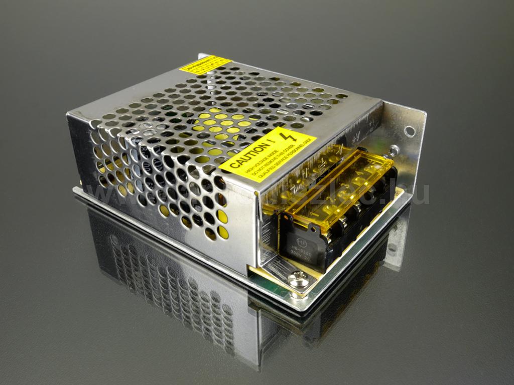 Optonica LED tápegység 12 Volt - fém házas, ipari (60W/5A)