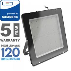 PRO LED reflektor fekete (1000W/100°) hideg fehér, 120lm/W, Samsung