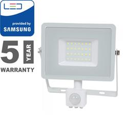 Mozgásérzékelős PRO-W LED reflektor (30W/100°) hideg fehér