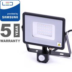 Mozgásérzékelős PRO-B LED reflektor (30W/100°) hideg fehér