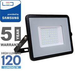 PRO LED reflektor fekete (50W/100°) természetes fehér, 120lm/W, Samsung