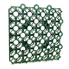 - Műanyag gyeprács sűrű mintával, tüskével (50x50 cm) zöld