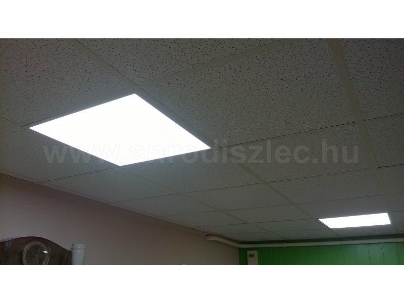 60x60 cm LED panel álmennyezetbe szerelve pl. iroda világításhoz