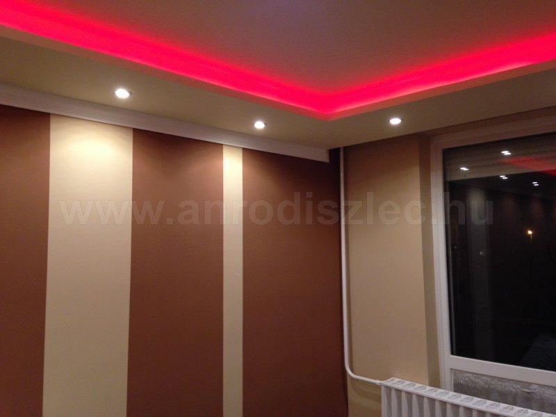 V-TAC 2120 RGB LED csík a hálószobában