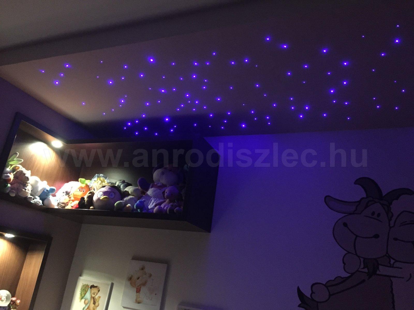 Gyerekszoba II. optikai szálakkal megvilágított hangulatfényben - Vásárlóink fotói - Díszléc és ...