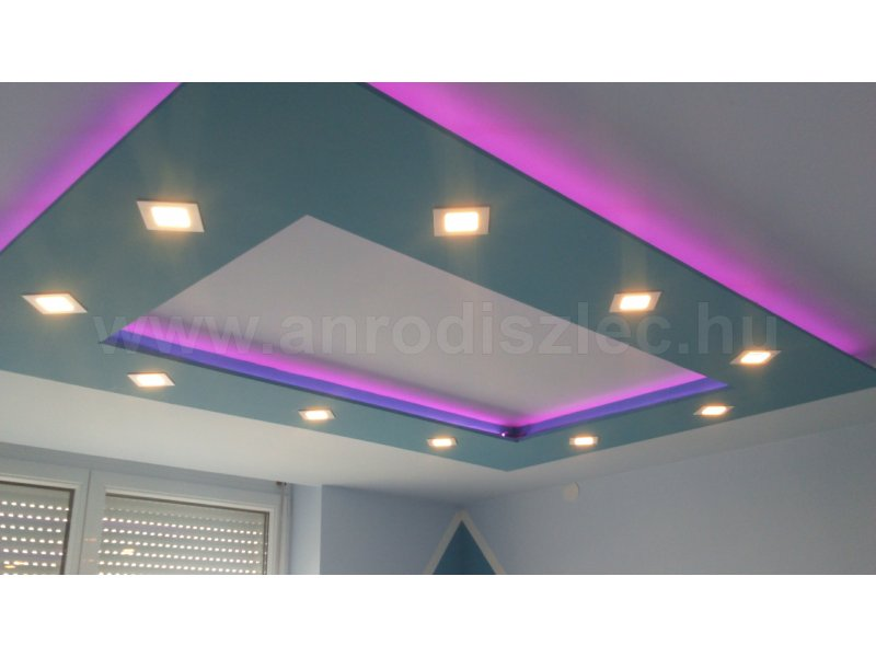 5050-60 SMD RGB LED szalag nappaliban